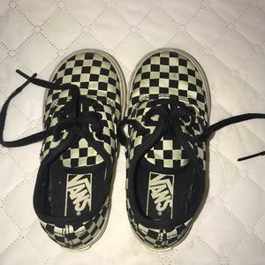 Toddler checkered glow in the dark vans Size 8.5